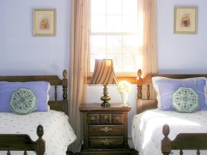 cape cod pet friendly rental :: blue bedroom